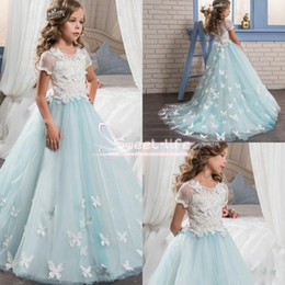 Wholesale Girls White Butterfly Dress - Pretty Lace Little Bride 2017 Flower Girl Dresses Short Sleeves With Cute Butterfly Sweep Train Kids Pageant Prom Party Communion GownS