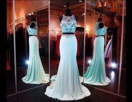 Elegante verde hortelã vestido de noite on-line-Elegante 2019 Two-Pieces Cristal Menta Verde Prom Vestidos Com Sheer Back Party Vestidos de Baile Vestidos de Noite Vestidos para Pageant Vestido Formal