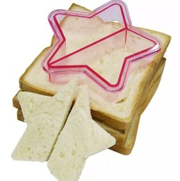 Pane stellato online-10 Shape Dinosaur Dog Butterfly Star Car Shape Sandwich Taglierina per pane Stampo per torta Attrezzi per torta Stampo per toast Stampo per sandwich MYY