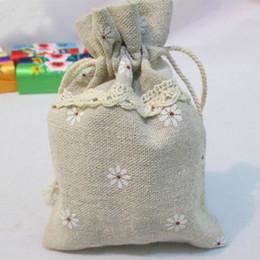 Wholesale White Bracelet Holder - Cotton Linen Bags with Lace white Daisy Printed 9.5cmx12cm 12.5x17.5cm 15x20cm Necklace Bracelet Jewelry Gift Pouches Wedding Favor Holder