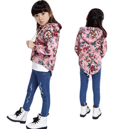 Wholesale Babies Blazers - Wholesale-2015 new children's clothing coat girl autumn outfit hooded casual floral blazer Baby irregular long sleeve hem trench coat