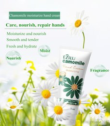 Wholesale Hydrating Hand Cream - Free shipping 80g nature fruit extract nourish and moisturize hand cream relieve handskin dryness whitening hydrating improve skin darkness