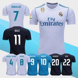 Wholesale Short Viscose - Thai Quality 2017 New Real madrid soccer Jersey Uniforms17 18 RONALDO home white away Black JAMES BALE RAMOS ISCO MODRIC football shirt