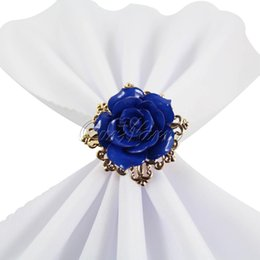 Olhar de metal on-line-20 pçs / lote bela flor rosa anel de guardanapo aros de cor de ouro romântico agradável procurando weeding partido decorações de mesa suprimentos