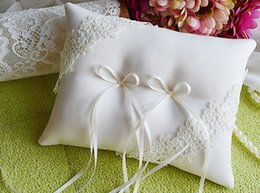 Wholesale Bridal Ring Pillows - Free Shipping Two Positions Lace Bow Satin Ring Pillows Ring Bearers Wedding Ceremony Accessory Bridal Ring Bearers Pillows Holders