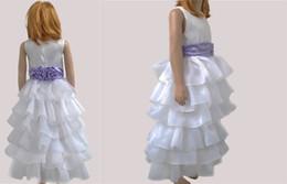 Los niños de la manera muchachas de las flores se visten de capas de gasa blanca una línea de cintura de lavanda de longitud de piso vestidos de noche de los niños delgados princesa de la muchacha dulce desde fabricantes