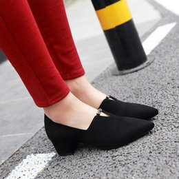 Wholesale Thick Girl Wedding Dresses - New brand Women's casual low-heeled thick shoes pointed toe Shallow mouth shoe girls fashion dance shoes wedding party evening