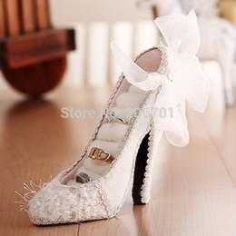 Wholesale High Heeled Shoe Ring Display - Wholesale-White High-heel Shoe Ring Jewelry Display Stand Holder Rack 13*4*12cm