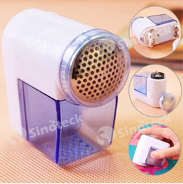 Wholesale Sweater Ball Trimmer - Mini Lint Remover Hair Ball Trim Trimmer Sweater Cloth Clothes Shaver Shaving Portable Handheld Electric Lint Cutter Free DHL Factory Direct