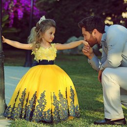 Wholesale Pretty Girls Satin Lace - 2015 Latest Flower Girls Dresses for Weddings with Custom Made Lace Applique Jewel Neck Pretty Black Sash Bright Yellow Puffy Pageant Gowns