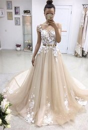 Wholesale Silver Long Sleeve Dresses - 2018 Latest Short Sleeve Long Prom Dresses Appliques Lace Button Back Tulle Chapel Train Evening Party Dresses