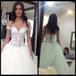 Wholesale Fashionable Gowns - 2015 Fashionable White Ivory Vintage Lace Wedding Dresses Tulle Beading Crystal Ball Gown Wedding Dress