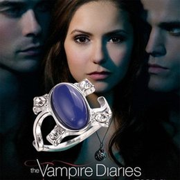 Wholesale vampire diaries - 2016 New Arrival Vampire Diaries Elena Anti-sun Blue Retro Rings crystal cat's eye diamond ring For Women best Gifts 080094