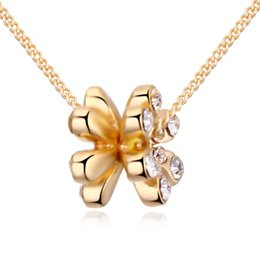 Wholesale Imports Europe - In Europe and the women's wind Austria import crystal alloy plating real gold double heart spend necklace independent packaging