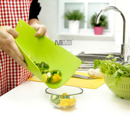 Wholesale Flexible Plastic Cutting Board - Wholesale-Home Kitchen flexible cutting board Chopping board 3pcs set classification chopping board plastic Quality chopping block