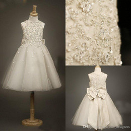 Wholesale Organza Knots - 2015 Lovely Flower Girls' Dresses Jewel Neck Crystals Knee Length with Bow Knot Ivory Formal Girls' Princess Party Dresses FD028