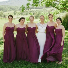 Wholesale Long Dress Plums - Classical Plum Bridesmaid Dresses A Line Plus Size Flowing Chiffon Ruched Sweetheart Neckline Sleeveless Wedding Party Maid of Honor Gowns