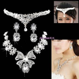 Wholesale Korean Bridal Earrings - Luxury 2016 Bridal Jewelry Shipping Korean Style Bride Crown Necklace Earring Bridal Accessory 1 Set Stock Evening Crystal Accessory C259