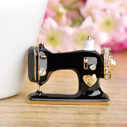 Wholesale Wholesale For Sewing Machine - Women Retro Sewing Machine Shaped Brooch 3.4*2.7cm Black Enamel Brooches Lapel Pin for Collar Suit Decoration Accessories Jewelry Gift