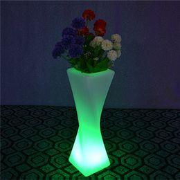 1 pezzo Outdoor impermeabile H50cm 24Keys telecomando colore variabile illuminato LED Glow pianta vaso mobili Planter lampada da