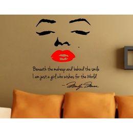 Etiquetas vermelhas dos bordos on-line-Presente de natal Marilyn Monroe Lábio Vermelho Retrato Adesivo De Parede Sentado Sala de estar Cama Decoração de casa 8002 w