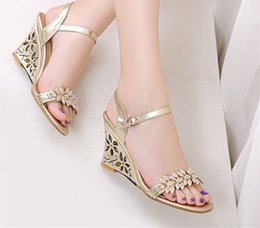 Wholesale Shining Diamond Shoes - 2015 Summer New Fashion Shining Ladies High Heels Sandals Diamond Shoes Waterproof Hollow Wedges Women Shoes
