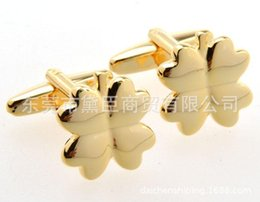 Wholesale French Cuff Clothing - Dongguan clothing popular spot mixed batch lucky gold cufflinks French cufflinks Clover CZ