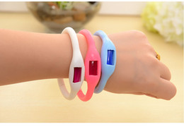 Wholesale Silicone Bracelet Mosquito - New sport waterproof silicone Mosquito Repellent Band Bracelets Anti Mosquito Pure Natural Baby Wristband months duration