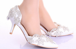 Wholesale White Diamond High Pumps - Spring new white inlay diamond wedding shoes high-heeled shallow mouth the bride elegant fine with pointed shoes picture taken