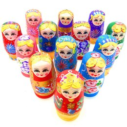 Wholesale painted statue - 5pcs Novelty Russian Nesting Wooden Matryoshka Doll Set Hand Painted Decor Russian Nesting Dolls Baby Toy Girl Doll wholesale