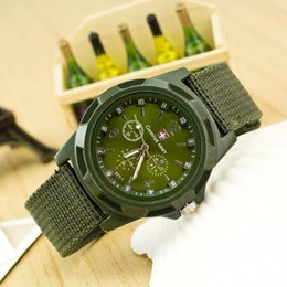 2020 tecido de esportes de natal Frete Grátis, nova moda Presente de Natal, Cor Azul Militar Do Exército Piloto Tecido Strap Sports Men's Swiss Watch Militar tecido de esportes de natal barato