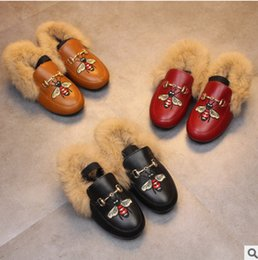 Wholesale Princess Shoes - Girls faux fur shoes fashion children cute bees embroidery elastic princess shoes winter kids velvet thicken warmer PU leather shoes R1116