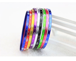 Wholesale Cheaper Silver Jewelry - fashion and cheaper Yiwu jewelry carved bracelets little alloy electroplating factory direct color bracelet bracelet free shipping