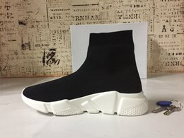 Wholesale plastic mesh cloth - 2018 High Quality Unisex Casual Shoes Flat Fashion Socks Boots Woman New Slip-on Elastic Cloth Speed Trainer Runner Man Shoes Outdoors