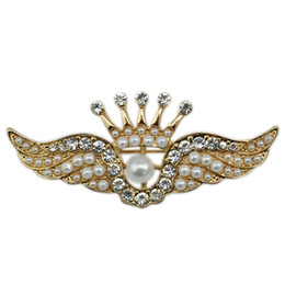 Wholesale Design Lapel Pins - 50pcs lot Wedding Bridal Brooches Accessories Pearls Angel Design Lapel Pins Hollow Crystal Wing Corsages Girls Jewelry wx711