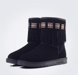 Wholesale Padded Cowboy Boots - 2017 autumn and winter snow boots lady in boots frosted tassels cotton boots students round and velvet padded warm shoes Size:35-40