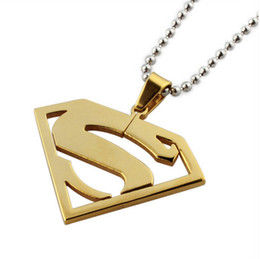 Wholesale New Superman Man Steel - New Arrival Design Best Gift For Men And Boys Never Fade Golden Plated Superman Charms Stainless Steel Fashion necklace Pendant