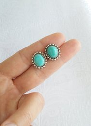 Wholesale Antiques Free Shipping - Fashion green stone stud earrings Antique Silver Plated earrings Personality stud earrings for women wholesale free shipping