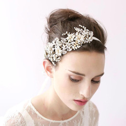 Wholesale Crystal Rhinestone Bands - 2018 Vintage Hair Band Head Pieces Pearls Crystals Wedding Bridal Hair Accessories Hairband Free Shipping CPA149