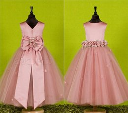 Wholesale Party Dress White Beautiful Design - Ball Gown Flower Girls' Dresses 2015 Latest Design Tulle Wedding Party W20156201 Bow Handmade Flowers Birthday Beautiful Simple Floor Length