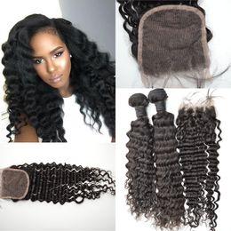 extensiones de pelo virgen piezas de cierre Rebajas Indian Deep Wave Paquetes de cabello con cierre de encaje 8-30 '' Pelo virgen sin procesar Profundo rizado ondulado Extensión Teje 3 piezas con cierre G-EASY