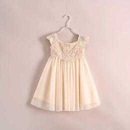 Wholesale Girls Dress Wholesales Korea - Vintage Korea Summer Childs Girls Hollow Sleeveless Pleated Chiffon Princess Dresses Kids Bow Tutu Dress Lace Flowers Party Dressy beige