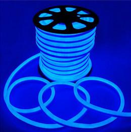 luces de neón blancas rollo Rebajas Envío gratis 10 m / rollo 110 V 220 V llevó la luz de neón de flexión de 2 cables con color rojo / azul / verde / RGB / blanco / amarillo 80led / m