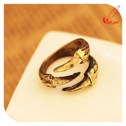 Wholesale Bird Talon - Wholesale-Vintage Hot gold bronze Eagle Bird Claw 3 Talon Ring Clamp Cuff Gothic Punk Rock Free Shipping CC7328