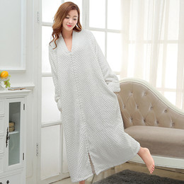 Wholesale Ladies Pajamas Xl - Autumn and winter flannel Nightgown Pajamas loose and comfortable ladies and pregnant women bathrobe clothing Home Furnishing Bebene couple