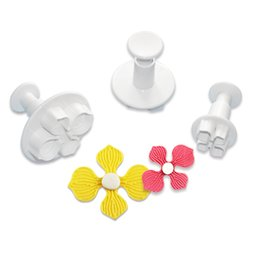Wholesale Decorations Flowers Fondant - 3Pcs Mini Cake Fondant Flower Pattern Mold Cutter Hot Selling Anself Cake Mold for Biscuit Cookie Chocolate Jelly Decoration