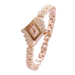 Wholesale Gold 15 Dresses - 15% Gold Crystal Rhinestone Leaf buds strap Metal Materials Dress ladies Watch Stylish Women Watches Hours Quartz Wristwatches
