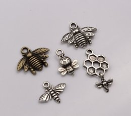 Wholesale Mix Bronze Pendant - Hot sell ! Fashion Antique Bronze   Antique Silver Mixed Lovely Bee Charms pendants DIY Jewelry (mn52)