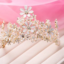 Wholesale Prom Hair Crystal Pieces - Fashion Bridal Tiaras Gold Crown Luxurious Rhinestone Head Pieces Hand Craft Flower Bride Hair Accessory Pageant Prom Tiara