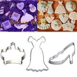 Wholesale High Heel Shoe Molds - Princess High Heel Shoes Wedding Dress Crown Stainless Steel Cookie Cutter Fondant Cake Sandwich Molds Metal Decoration Tool
